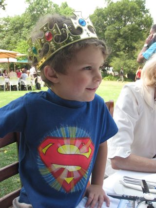 Oliver 4th birthday at lunch at Inanda (29 Oct 2011)2